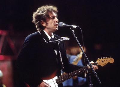 Penyanyi Pria Terbaik Dunia