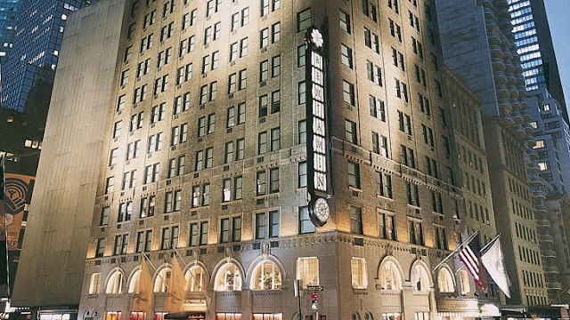 The Benjamin is a New York City Landmark hotel in Manhattan Midtown East offering a true NYC experience with spacious rooms and suites, celebrity Chef Restaurant and much more.