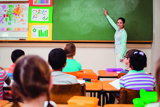 Alunos da rede estadual retornam às aulas presenciais de forma escalonada