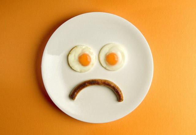 Nikada nemojte jesti ovih 6 namirnica ujutro, opasno je