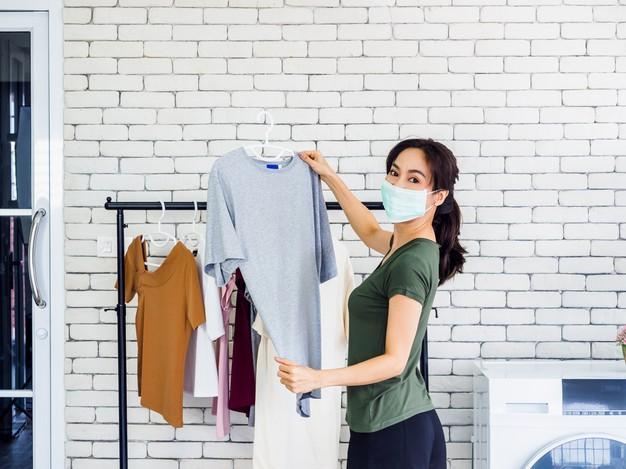 cara-menghilangkan-bau-apek-dari-pakaian