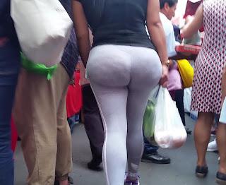 Señora nalgona pantalones yoga