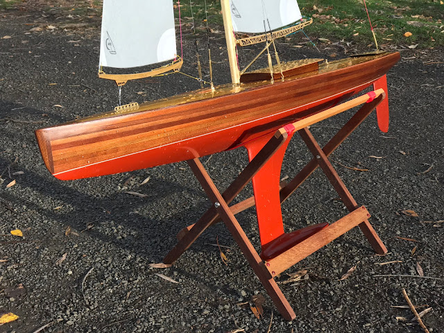 Vintage Marblehead Sun Wind HF Classic Wooden RC sailboat