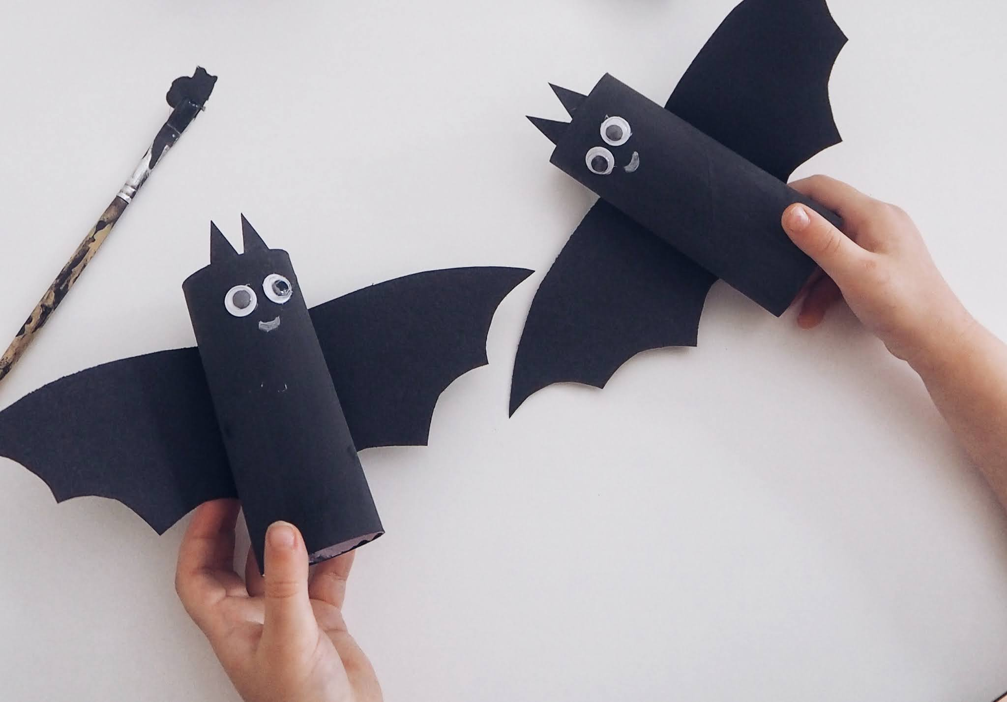 Toilet tube bats