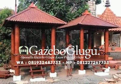 Gambar Gazebo Kayu Glugu Pohon Kelapa