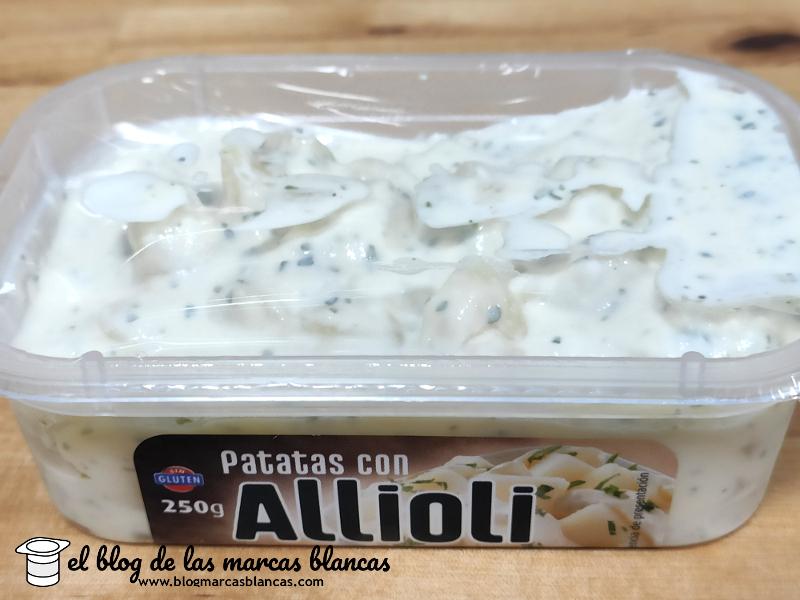 Patatas con allioli Hacendado de Mercadona (plato listo para comer) en El Blog de las Marcas Blancas.