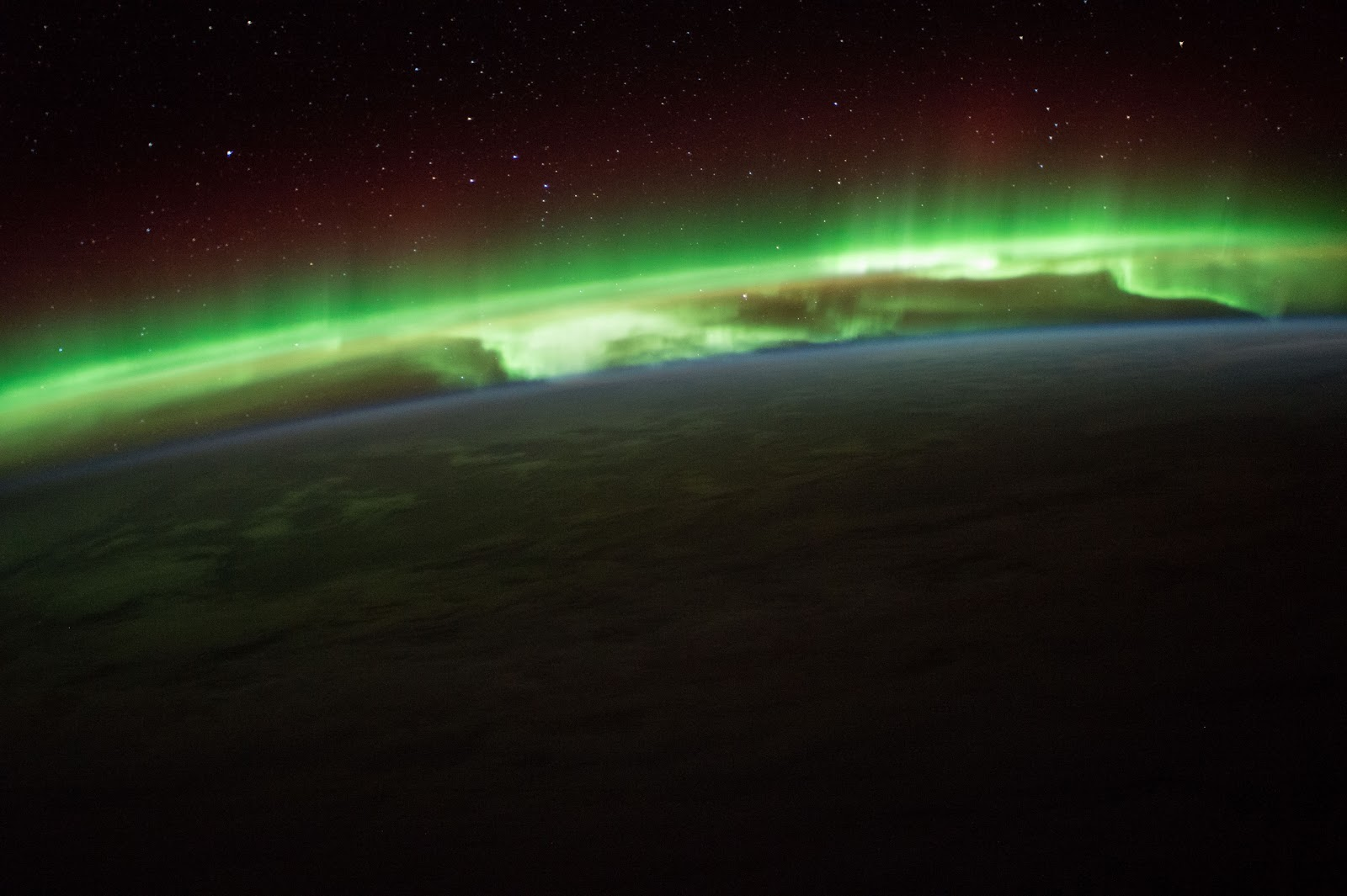 25 Amazing Photos of the International Space Station ISS See