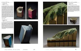 Arte con libros tallados a mano