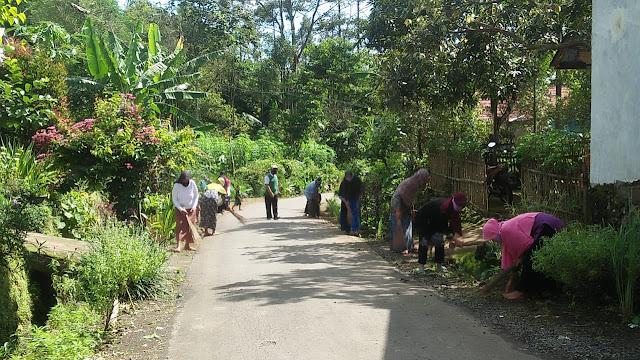 Sambut Ramadhan, Gerakan Sadran Desa Gunung Jaya Dikemas Jadi Tanggap Corona