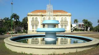 Chafariz e Prefeitura Municipal de Erechim
