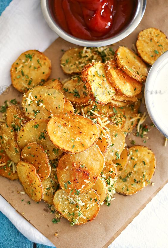 Parmesan Roasted Potatoes: Easy Family Dinner Ideas | CUCINA DE YUNG