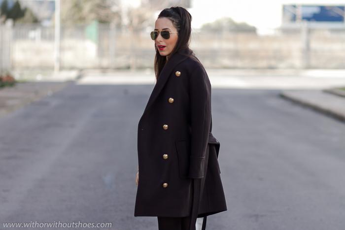 blogger influencer de moda belleza lifestyle con ideas para vestir en dias frio