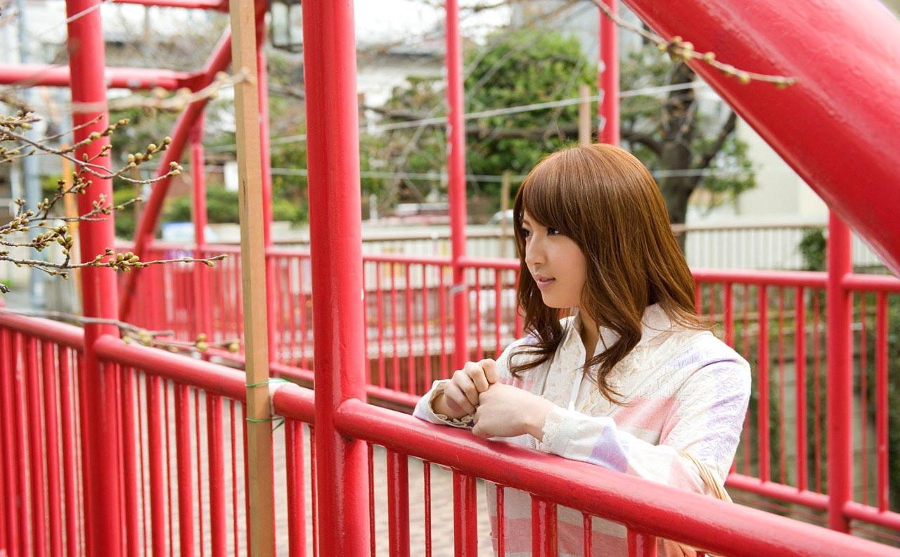 hot japanese idol shiori kamisaki pics 03