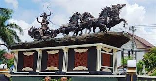 Monumen Arjuna Wiwaha Cepu Blora