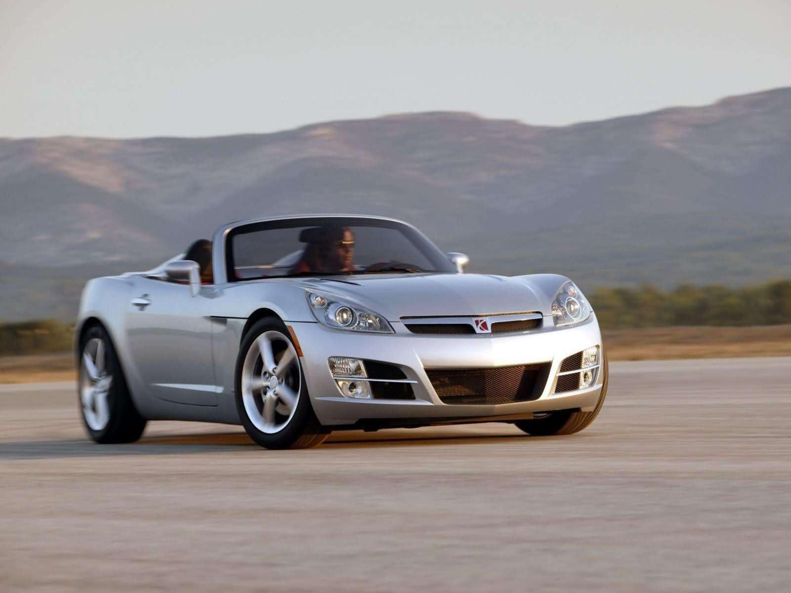 Saturn sports car