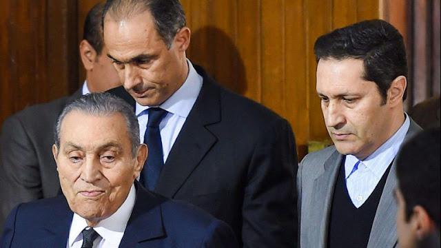 فريد الديب ينفي خبر وفاة مبارك المنتشرة على الفيس بوك
