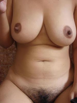 Massive Big Tits Girl Porn Gallery