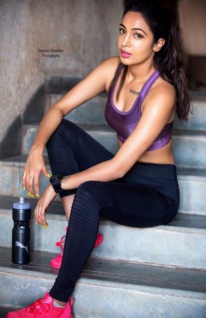 Bollywood Actress Heera Sohal Latest Photo Shoot Photos Actress Trend