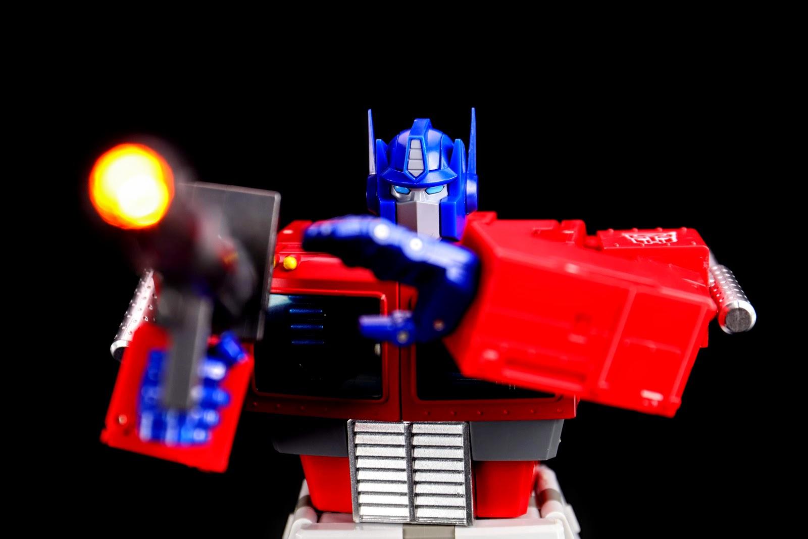 Transform Element TE-01 OP Leader G1 Optimus Prime