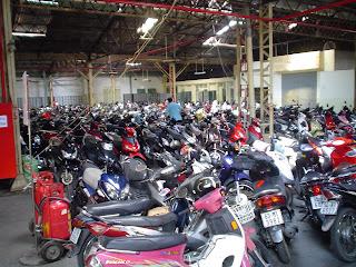 Parcheggio moto a Ho Chi Ming City