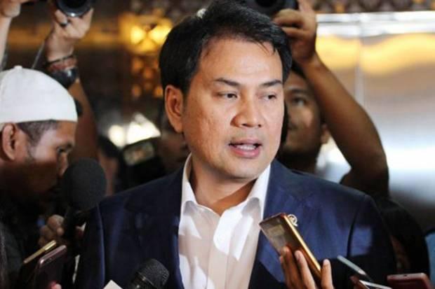 Formappi: Lebih Elegan Jika Azis Syamsuddin Mundur Atas Kesadaran Sendiri