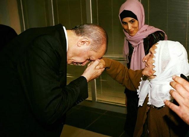 Tayyip Erdogan : Wanita adalah Guru Pertama Kita