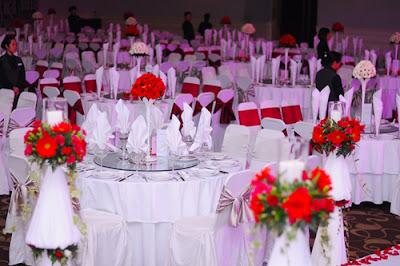 Đặt tiệc cưới sớm để chọn được nơi ưng ý