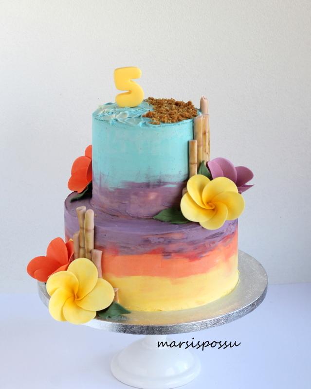 kreemipintainen kakku