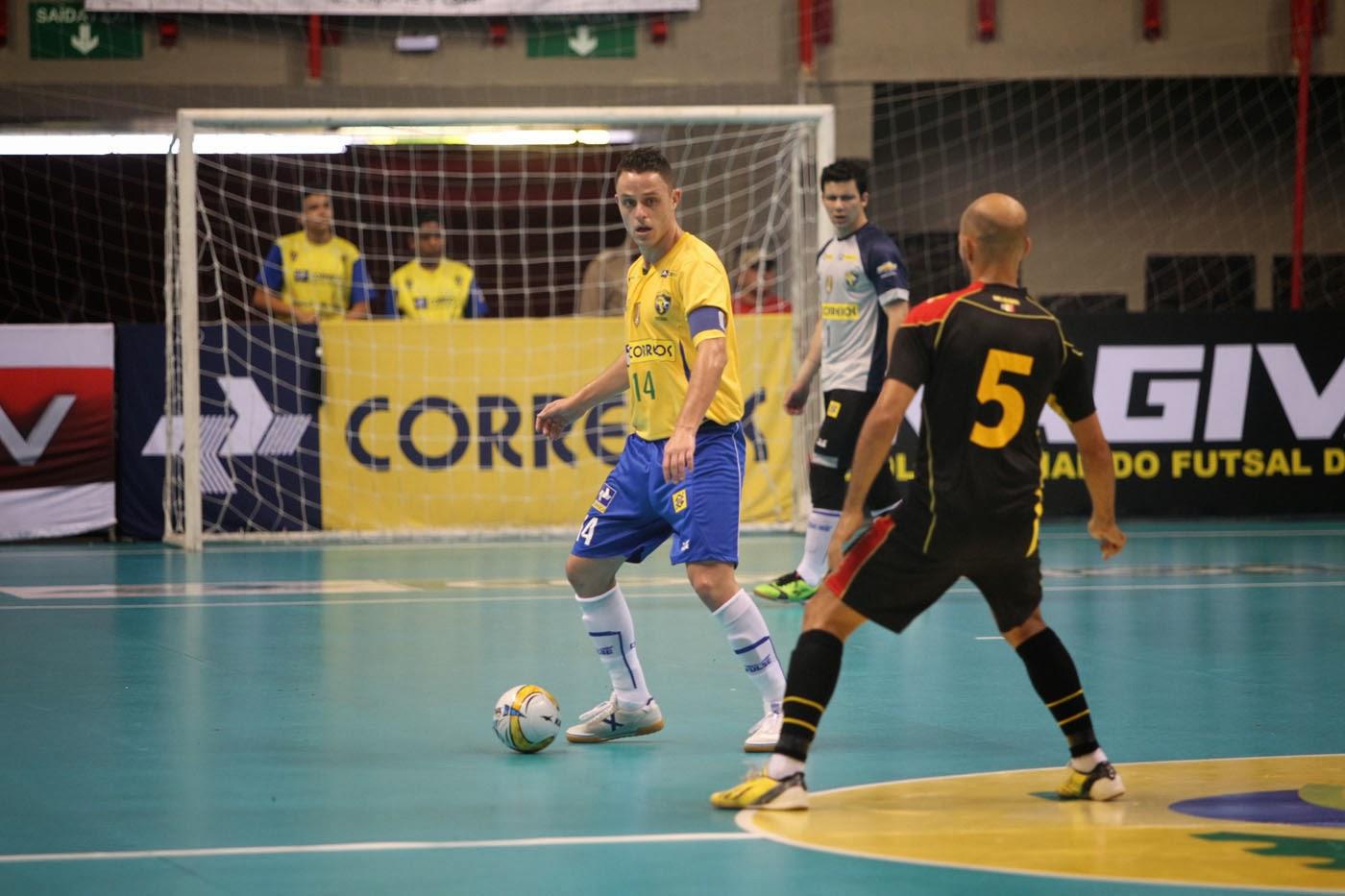 Seleção brasileira é convocada para o Gran Prix de Futsal  cec1e75de9cb3