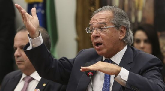 Governo pretende usar R$ 177 bilhões de fundos públicos para aliviar as contas