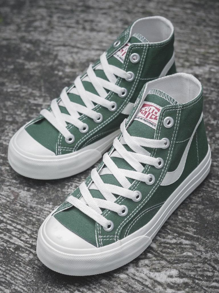 Sepatu Ventela Public
