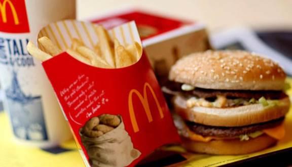 McDonalds được đặt theo tên của hai anh em bán bánh burger