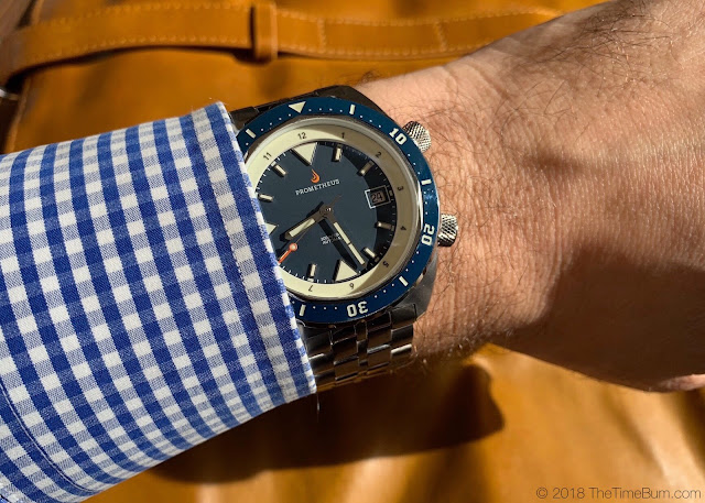 Prometheus Eagle Ray blue wrist shot