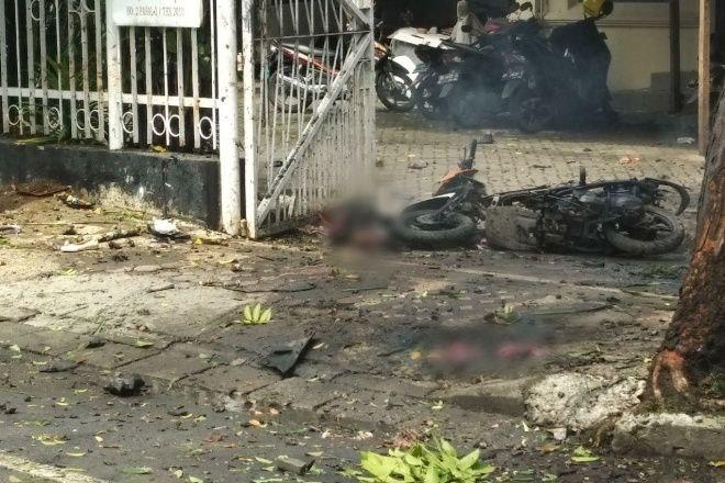 Bom Bunuh Diri di Depan Gereja Katedral Makassar, Potongan Tubuh Manusia Berserakan