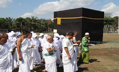 Calhaj Terbantu Dengan Manasik Haji