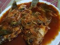 Dijamin Enak Ini Resep Ikan Goreng Saus Padang
