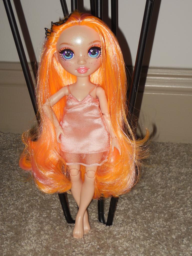 New In Stock 2020 Rainbow High Poppy Rowan Orange Fashion Doll