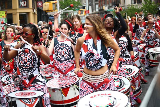 grupo de danza tradicional brasilena