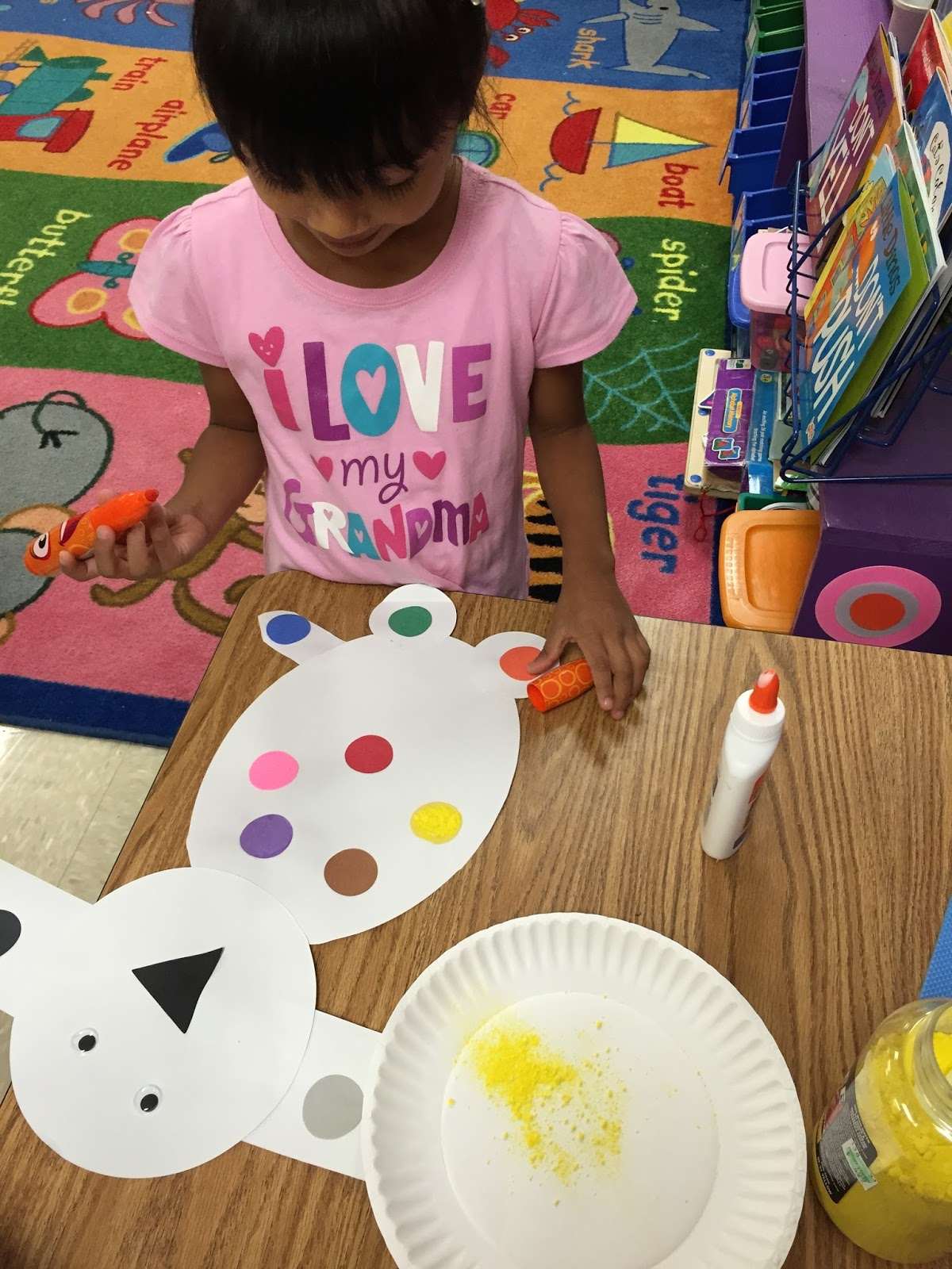 Mrs Lee S Kindergarten Dog S Colorful Day Centers And Activities