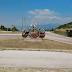 """""""Ελληνικό Ιωαννίνων. Το άγνωστο χωριό της Ηπείρου με τα μυστηριώδη διάσπαρτα έργα τέχνης."""" [βίντεο]"""