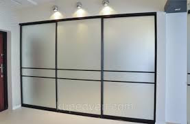 Frosted Glass Doors for a Sliding-Door Wardrobe