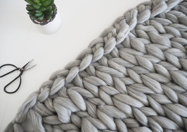 Knitting First Stitch Too Loose : DIY Arm Knitted Cosy Chunky Blanket Made Up Style