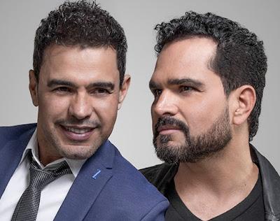 Zezé Di Camargo e Luciano relembram seus sucessos na tela da Band. Foto: Divulgação/Facebook Oficial
