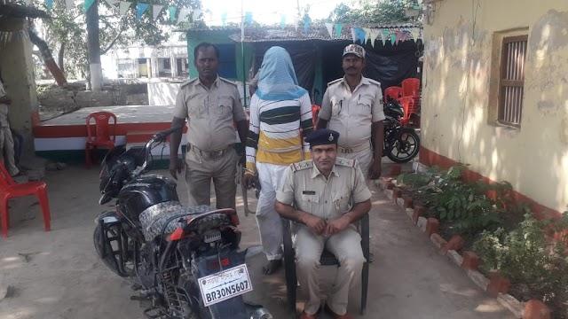 नवकरही से शातिर बाईक चोर गिरफ्तार, चोरी की ग्लैमर बाईक भी हुई बरामद