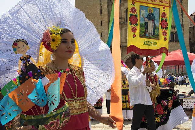 traje de la mujer tehuana