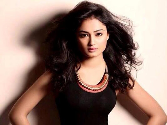 Tridha Choudhary modelling images download