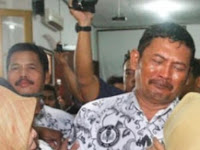 Karena Cubit Murid, Pak Guru Samhudi Kini Dituntut Hukuman 6 Bulan Penjara