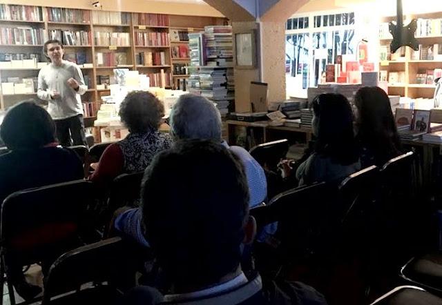 Presentación de mi libro La Gran Obra en la Librería Bonilla de Coyoacán, Ciudad de México. Literatura. Libros. Fotografía. Lectura.