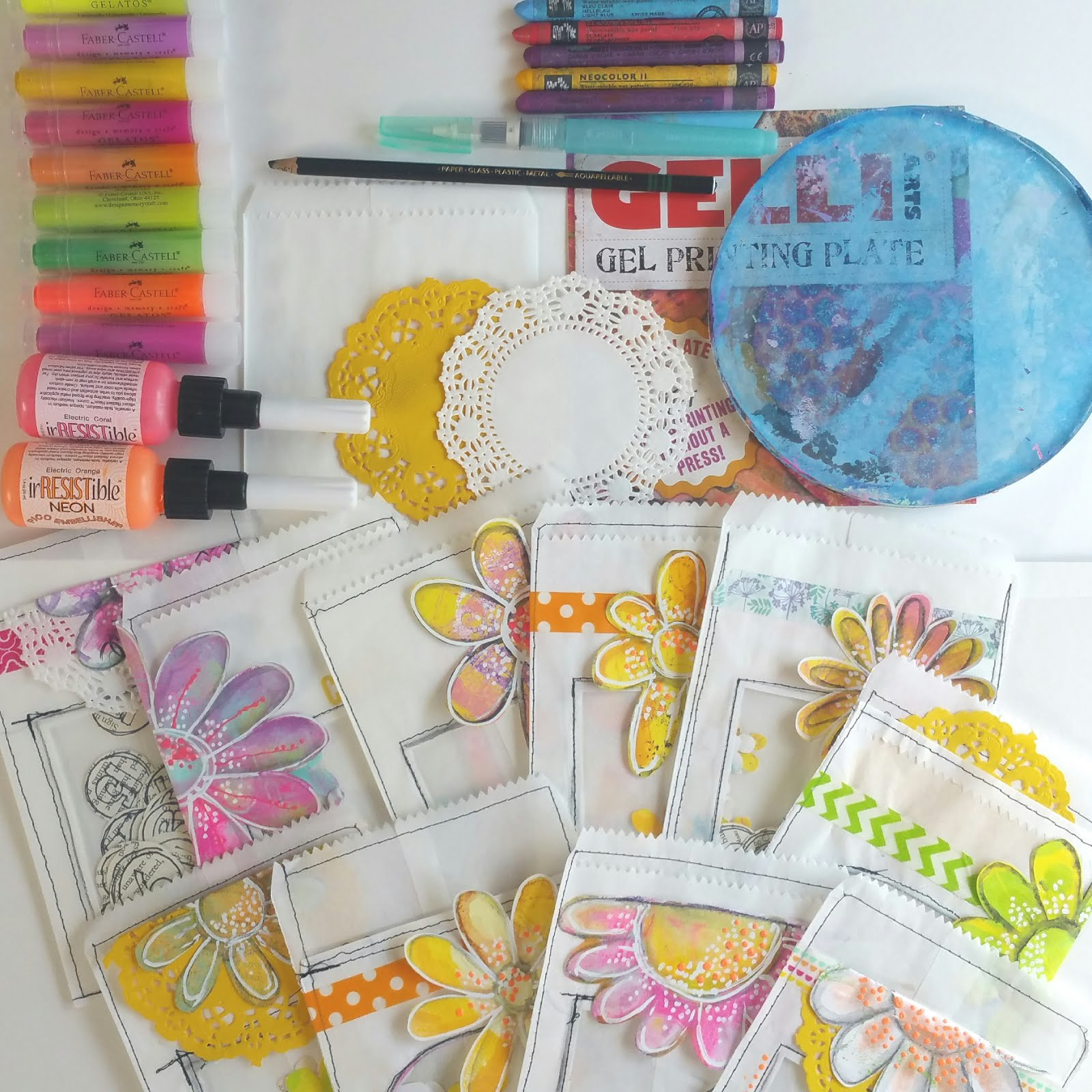 Pretty Little Pockets Tutorial using Gelli® Prints