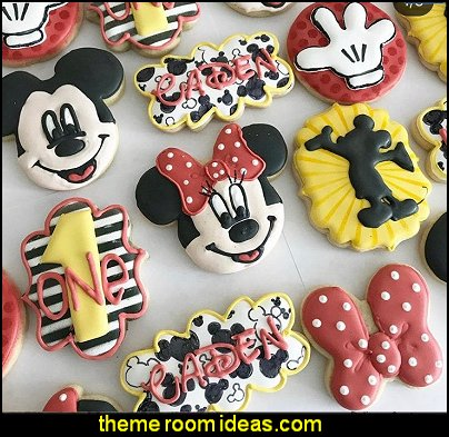 Mickey Mouse cookies minnie mouse cookies/ disney cookies/ birthday party idea